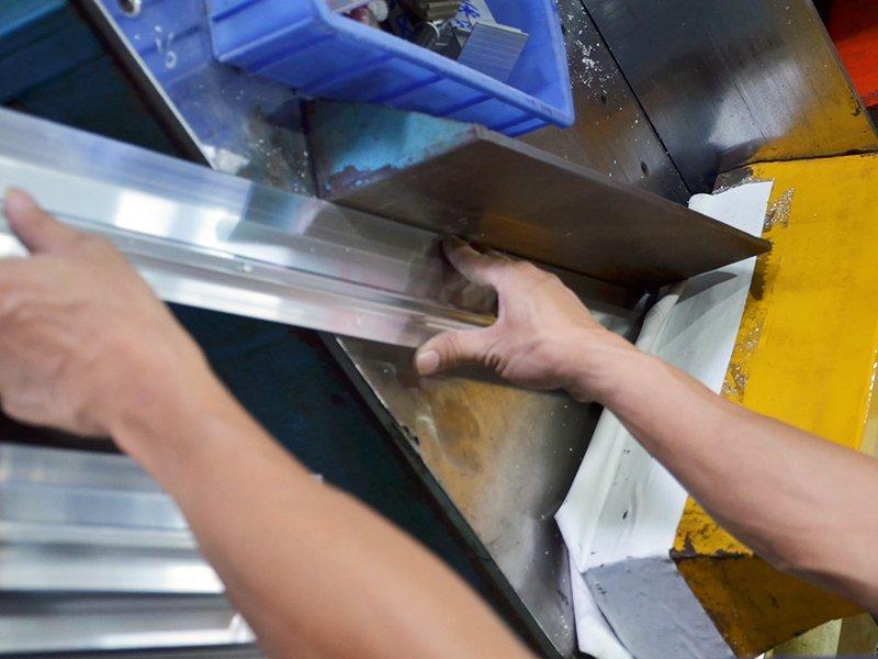 Aluminum Cutting-1